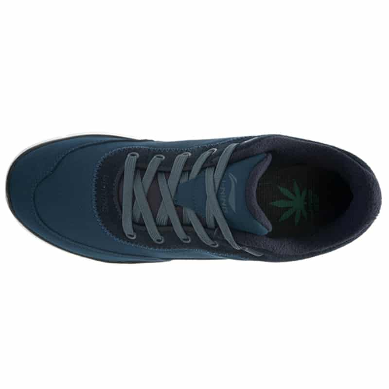 Should I Buy Walking Shoes A Size Bigger